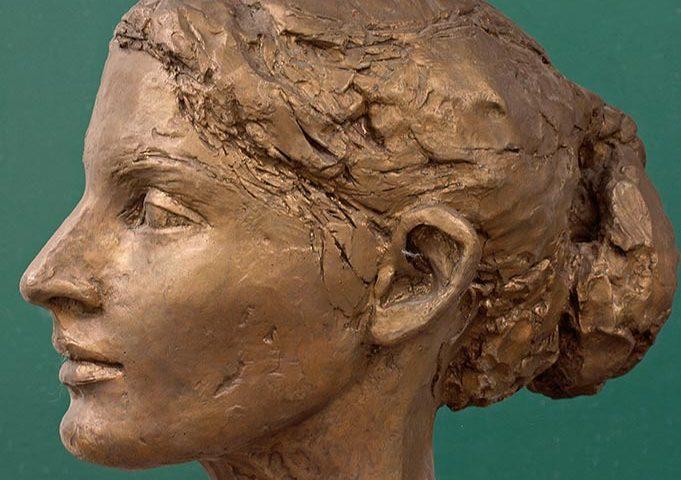 weiblicher Kopf aus Bronze von Klaus Kütemeier