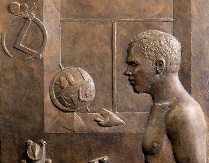 Relief aus Bronze mit Bildhauer und Globus von Klaus Kütemeier